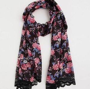 LACE TRIM ROSE SKULL SCARF